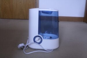 how to clean Vicks warm mist humidifier